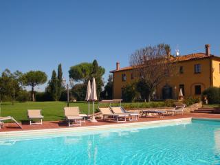 Tuscan farm with pool, near the beach, Bibbona
