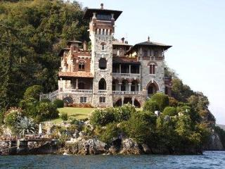 Charming castle VILLA GAETA, San Siro