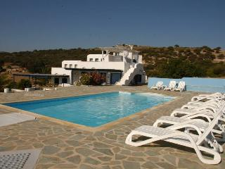PORTOBELLO, Naxos (Stadt)