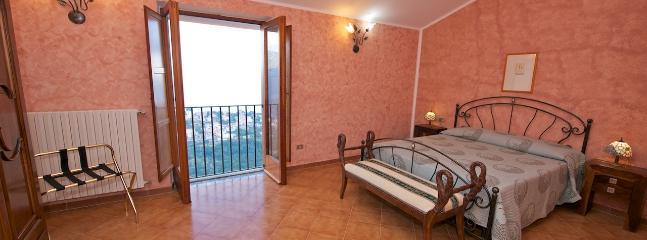 Camera da letto al 2° piano della Villa