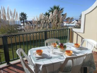 Sunshine Apartment - Sleeps 4.  Shared Swimming Pool. Close to Beaches & Village
