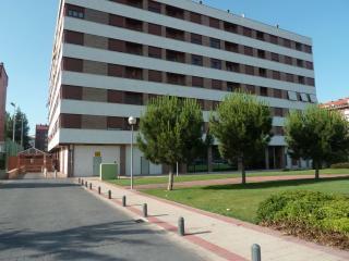 Apartamentos 2-4 personas L..., Logroño