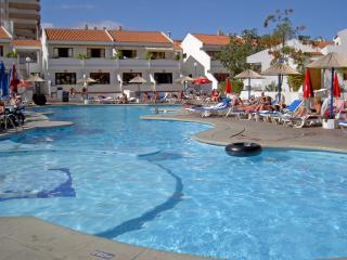Holiday Apartment, Playa las Americas, Costa Adeje  heated pool - near Beach,