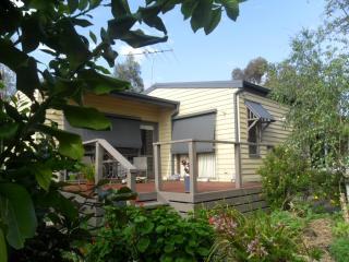 Wonga Park Brushy Creek Cottage, Melbourne
