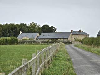 Oxleaze Barn, Witney