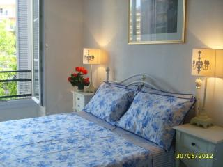 Double en suite bedroom overlooking the garden/park