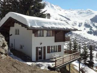 Cosy centrally located apartment with balcony, Verbier