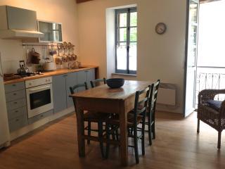 Kitchen/ Dining