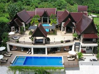 Luxury 7-9 Bedroom Villa, 2 pools and Oceanview