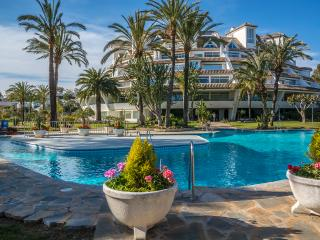 Parque Miraflores, luxury penthouse with sea views, Mijas