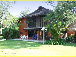 Private Thai Villa in Pool Resort Compound