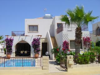 Villa Rheia, Protaras