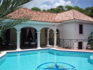 Villa ATRIUM, Orient Bay