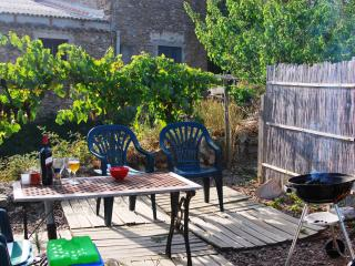 The Garden is private and is ideal for BBQ's, sunbathing & outdoor dining.