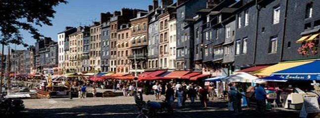 Honfleur restaurants and shopping