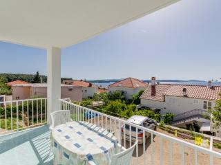 Apartments Ranka - 36541-A2, Hvar