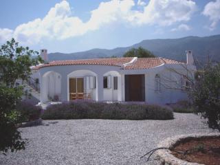 Villa Vanessa with spectacular mountain views