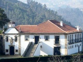 Casa  da Povoa em Cinfães Douro