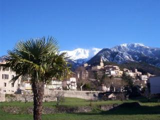 Canigou Ecovillage Catalan, charming, hot springs, Vernet-Les-Bains
