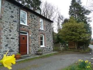 Troed-y-Rhiw, Lovely views from the front of the cottage.