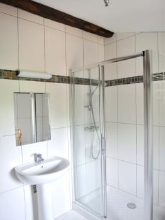 There are 3 large showers (2 en-suite)