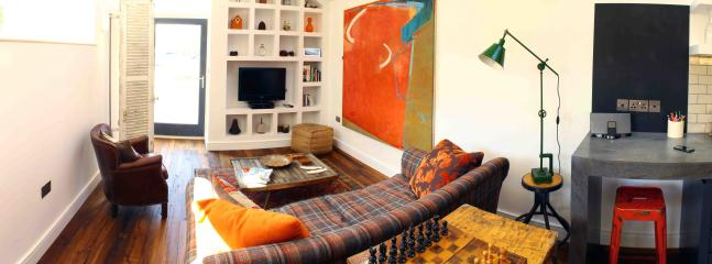 The living area with you view tv, dvd player, bose, books, chess and many more family board games!