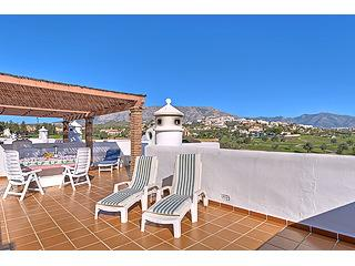 102 La Siesta top Floor with Private Roof terrace