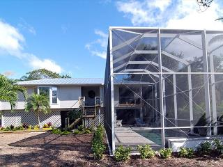 Stilted home with pool near the beach, Sanibel Island