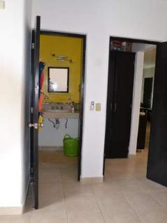 bathroom n 2