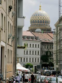the flat is in the center of Mitte, the most historical part of the area