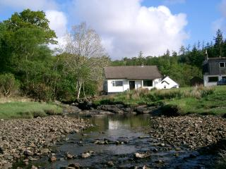 Loch View Cottage, Glenborrodale