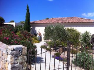 Belle villa à proximité de la mer à Sant Ambroggio, Lumio