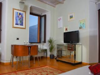 Villa Vecchia Poncetta, Tremezzo