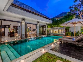 VILLA JEPUN - STUNNING 3 BED PRIVATE POOL VILLA