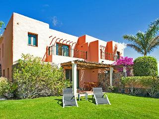 Villa with 2 bedrooms and community pool, Maspalomas