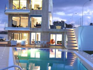 Villa Blue, Protaras