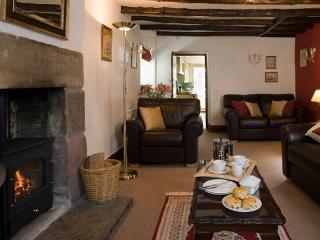 Candlelight Cottage, Litton. The perfect romantic getaway...