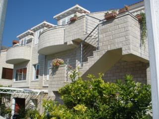 Apartments Sunce - Double Room with Balcony, Dubrovnik
