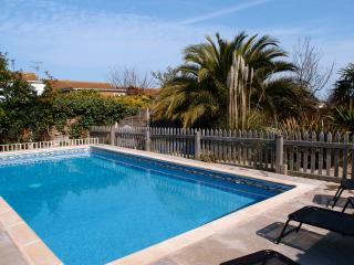 Broadstairs Sleeps 10 Pool