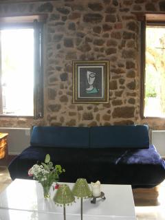 Furnished sittingroom