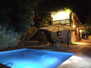 El Tajil, piscina, rio, Alh..., Montefrío