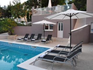 Luxury apartments Bonaria-Tramontana (4+1)