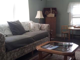 Windham NY 2 Bedroom Rental Catskill Mountains, Hensonville