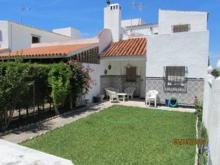 Casa adosada en Urbanización S, Chiclana de la Frontera