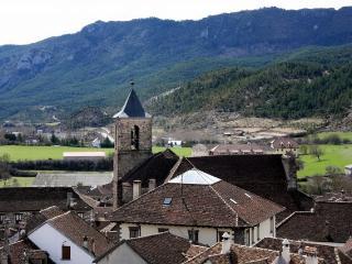 Bonita casa en Hecho, Pirineo Aragones