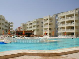 Royal Marina Complex, Altinkum