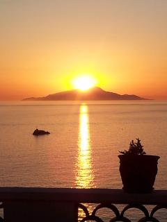 Villa Dafne Sorrento apt Rose -sunset  from the terrace