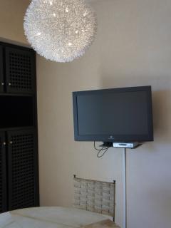Apt. 4; Living Room