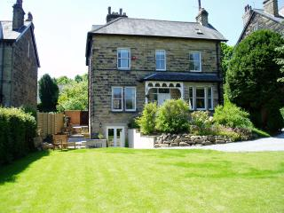 The Firs Garden Apartment, Ilkley
