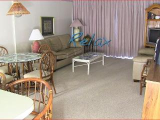 NICE AND COMFY ONE BEDROOM OCEAN FRONT IN FAMILY FRIENDLY RESORT